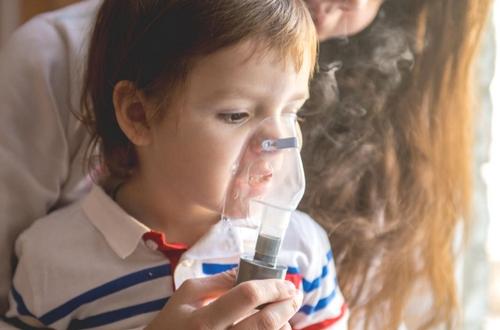Alto al asma de difícil control en niños