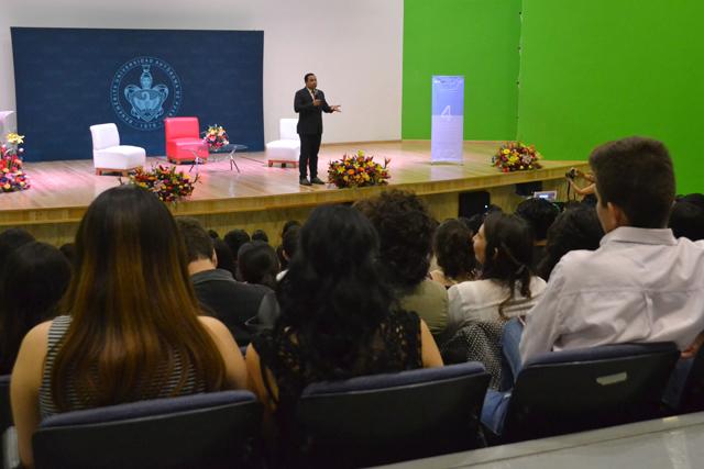 Discuten las ventajas de la educación financiera en la BUAP
