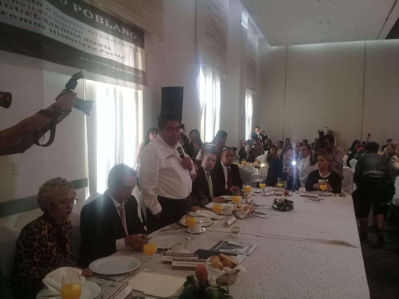 Nunca más un subalterno de gobernador será magistrado: Miguel Barbosa