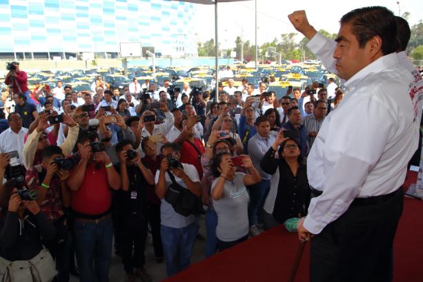Separar la secretaría de infraestructura de la de transporte, propone Miguel Barbosa Huerta