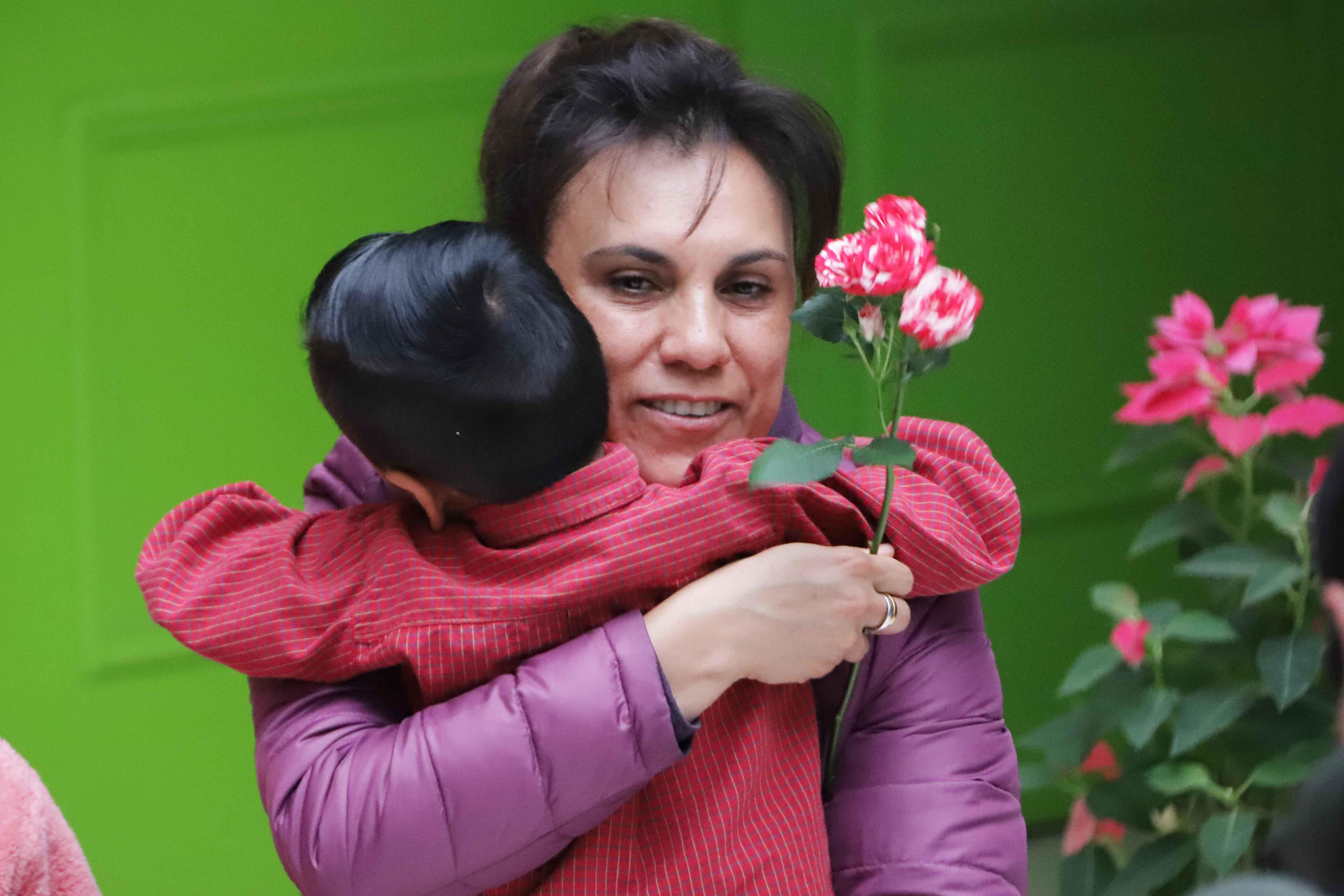 Desde Tlaxcala: Encabeza Sandra Chávez Ruelas día de reyes en el centro de asistencia social