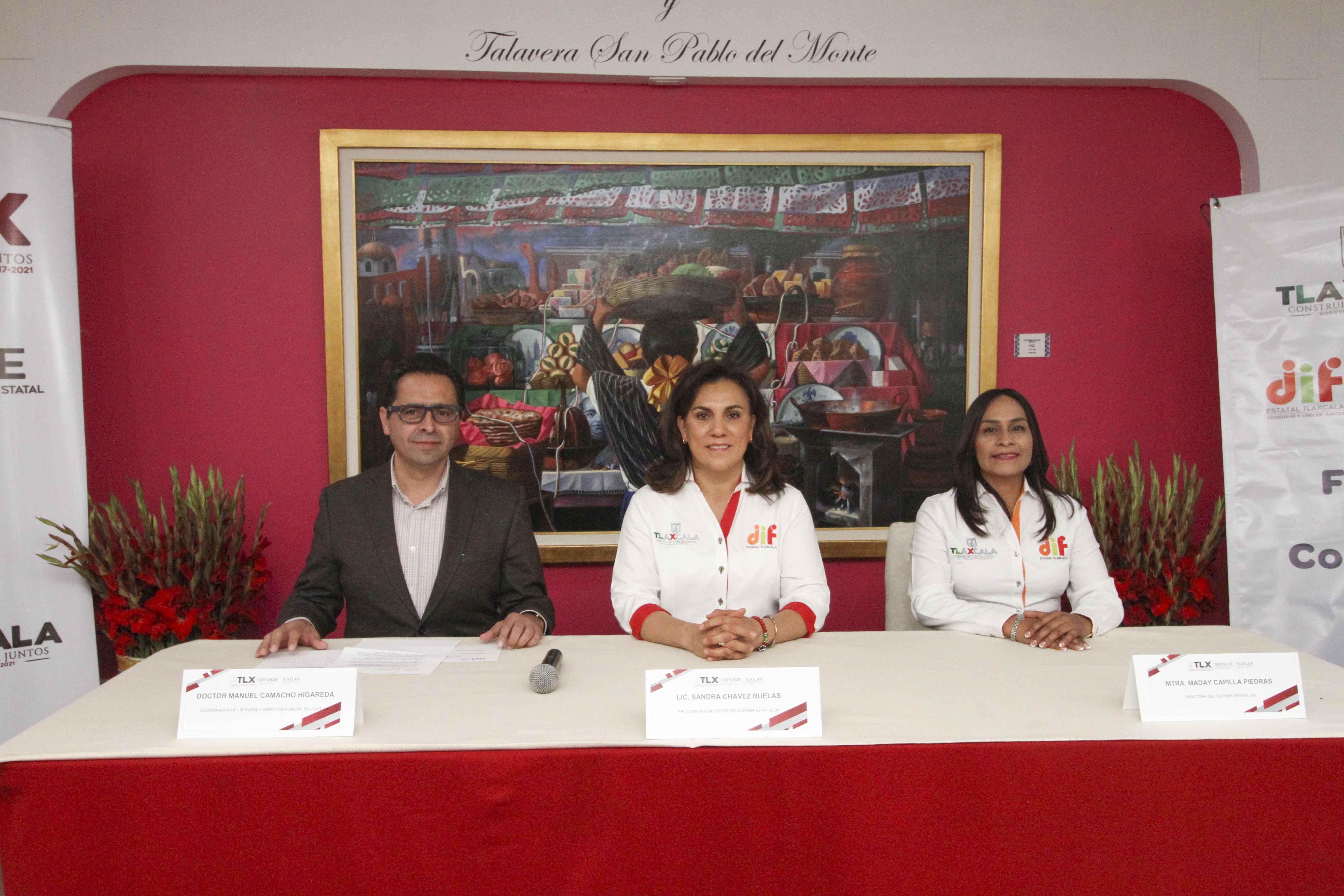 Firma DIF estatal convenio de colaboración con ICATLAX.