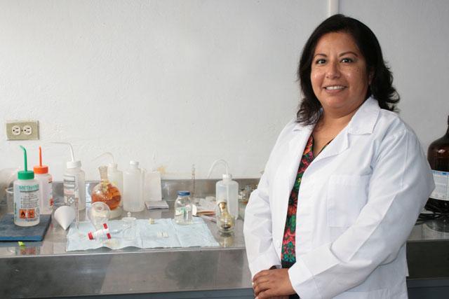 Científicos BUAP diseñan sonda periodontal para roedores