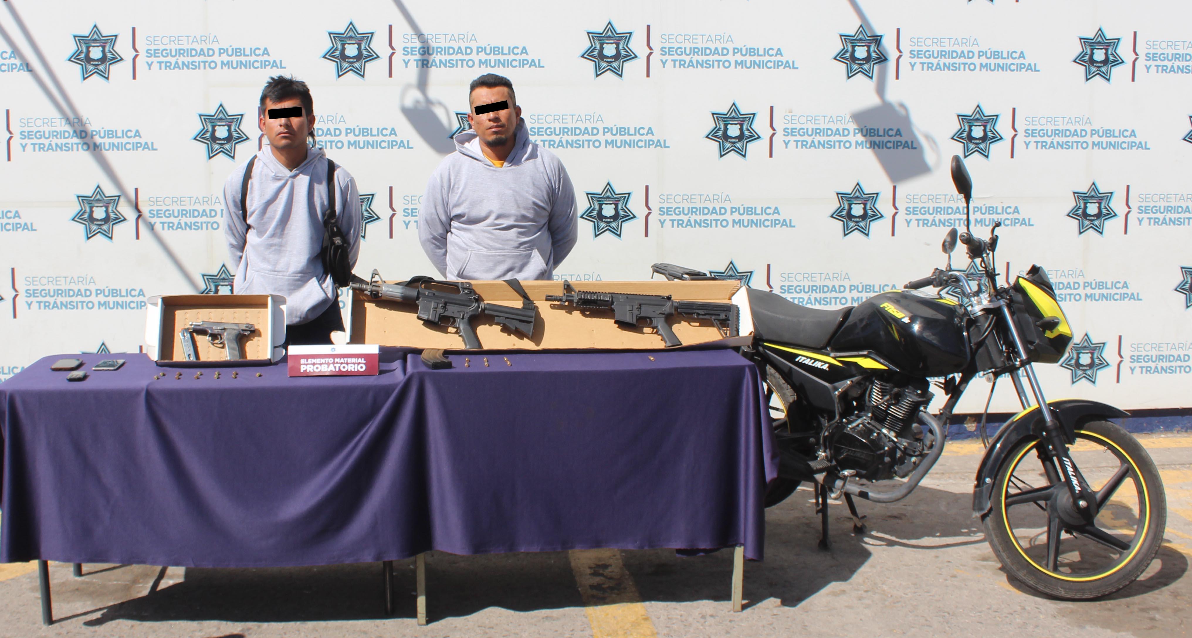 Exitosamente,detuvo policía municipal de Puebla a dos hombres por homicidio y lesiones en bosques de Santa Anita.
