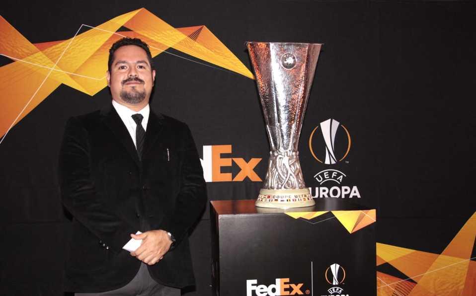 El trofeo de la UEFA Europa League vuelve a México