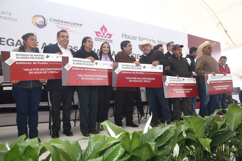 Mi gobierno tiene una visión de inclusión y de servir a todos: Barbosa Huerta.