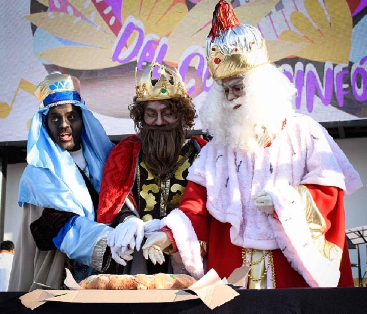 Se realizó la partida de la Rosca de Reyes en el CCU de la BUAP