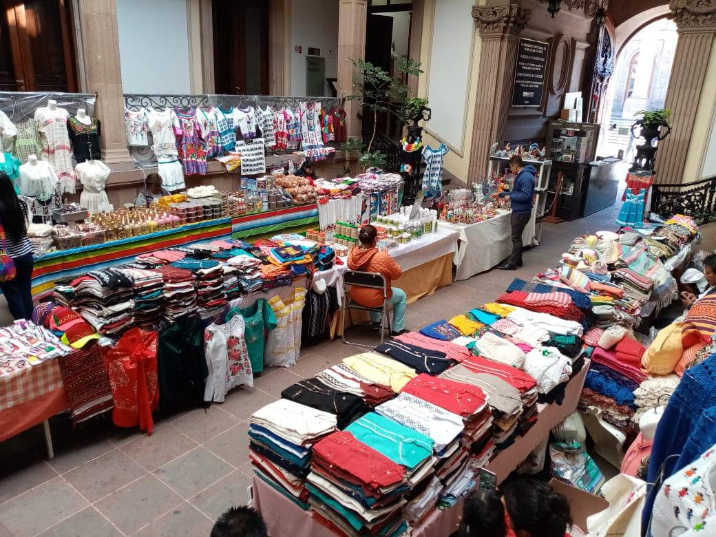 """Tianguis artesanal """"Sabor, Cultura y Tradición de Oaxaca en San Luis Potosí"""""""
