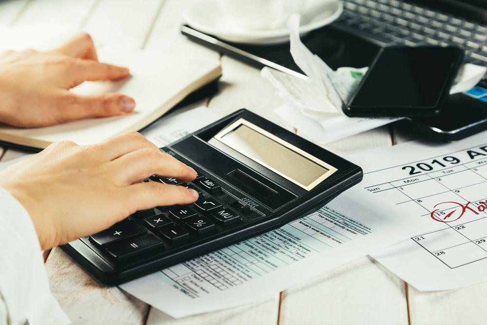 Tenencia, verificación, declaración anual: Éste es el calendario de los principales pagos del 2020