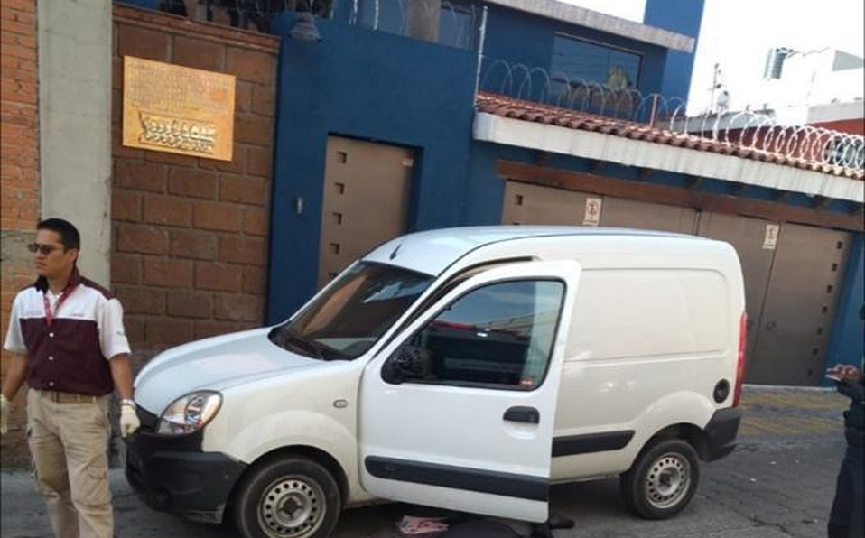 Tras ser rafagueado muere conductor de canaleta en San Martín Texmelucan