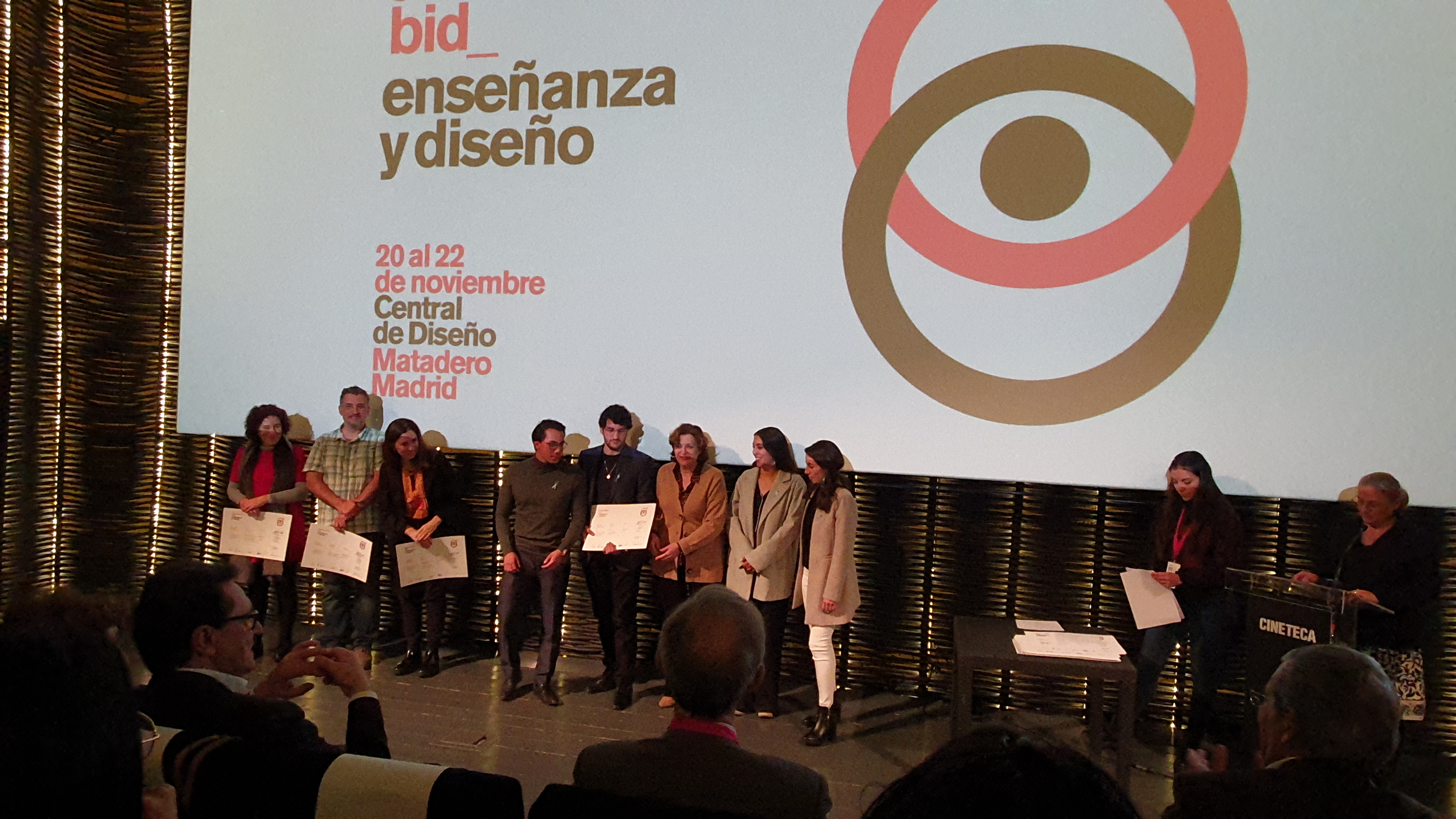 Alumnos del Tec de Monterrey cruzan el Atlántico para triunfar en Bienal Iberoamericana de Diseño