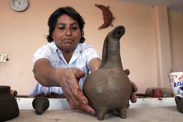 Presenta Museo de la memoria documental sobre barro bruñido