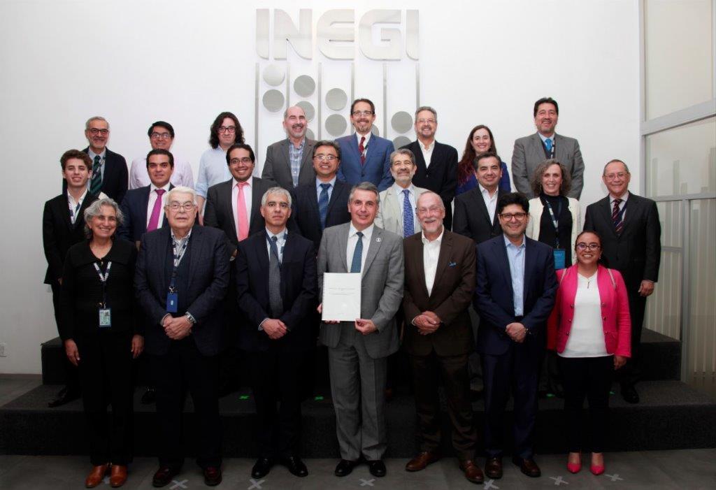 El presidente del Instituto, Julio Santaella, se reunió con los miembros del Grupo Técnico para escuchar sus conclusiones y recomendaciones