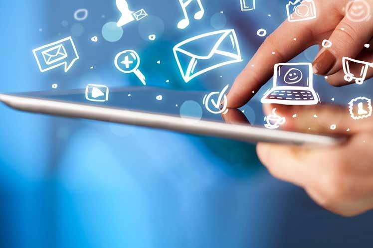 En México hay 80.6 millones de usuarios de Internet, que representan el 70.1% de la población de seis años o más