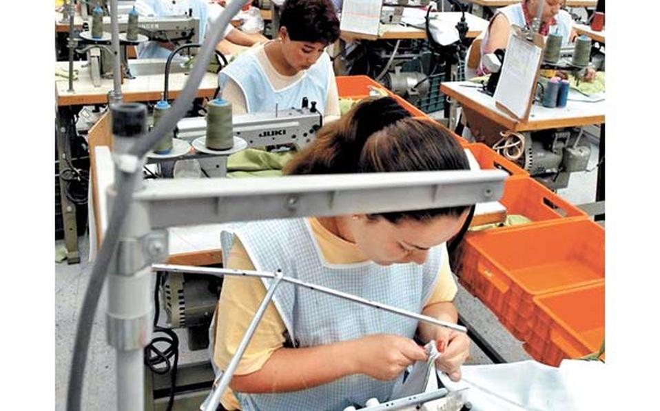 El personal ocupado total del sector manufacturero presentó una disminución de (-)0.1%