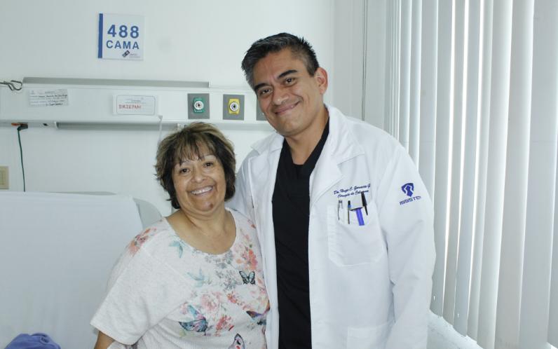 Realiza ISSSTEP cirugía de alta especialidad a paciente de la tercera edad