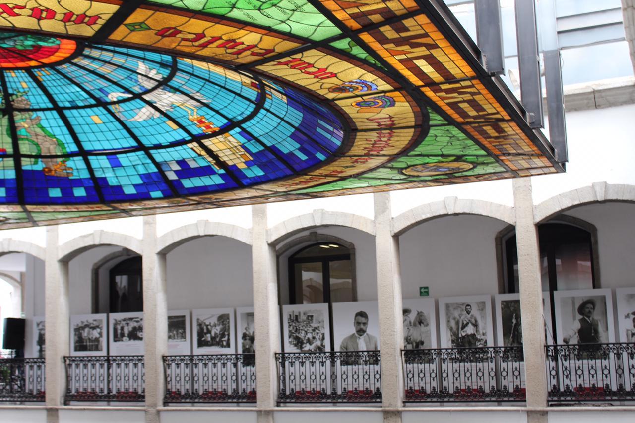 Inaugura ITC exposición de Emiliano Zapata en el congreso del estado.