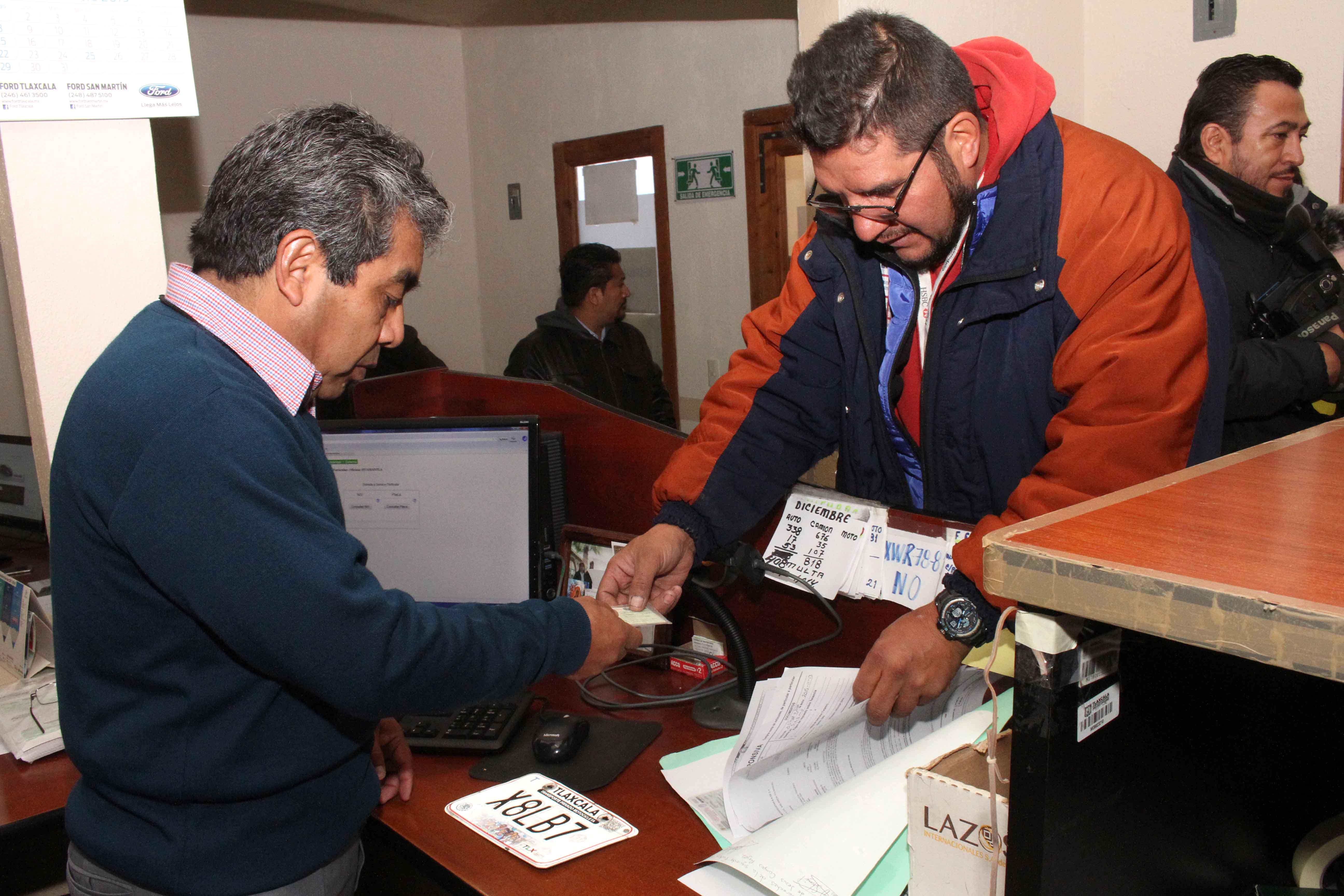Amplia Secte Tlaxcala dos meses plazo para canje de placas.