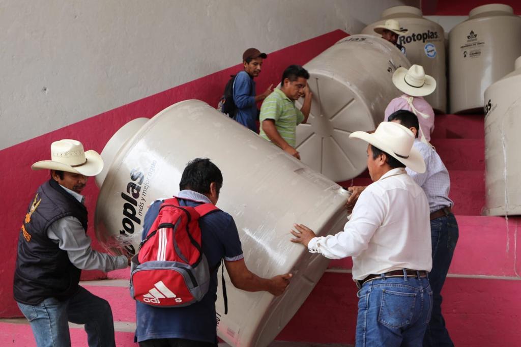 Entrega Secretaría de Bienestar más de 3 mil acciones en Zoquiapan