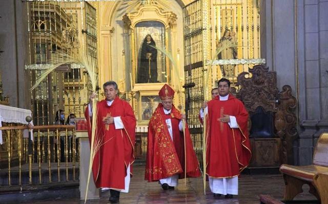 Pide Arzobispo de Puebla vivir esta Semana Santa con fe y esperanza