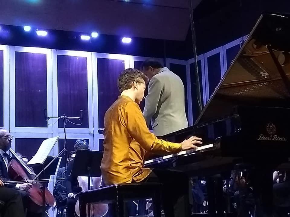 La OSSLP interpreta obras de Franz Liszt y Béla Bartók en los conciertos por TV abierta de este fin de semana