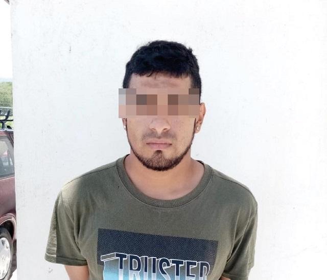 Detiene Policía Estatal a presunto narcovendedor en San Martín