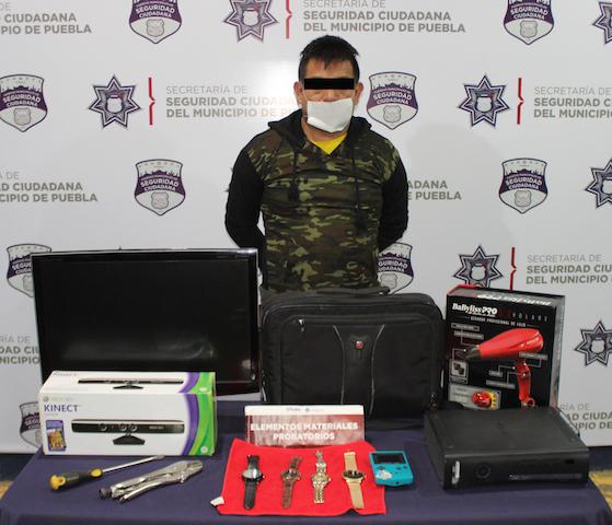Exitosamente, detuvo policía municipal de Puebla a hombre por robo a casa habitación