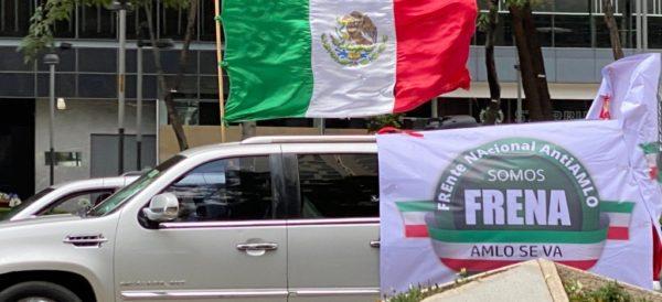 Cientos de automovilistas realizan caravana anti-AMLO en la CdMx y otras ciudades