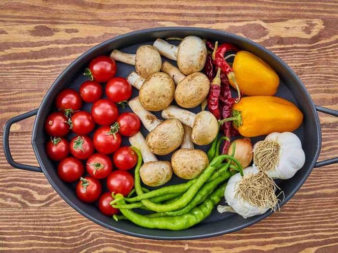 Buena alimentación, fundamental para evitar cuadro grave de Covid-19