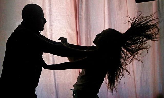 Sube la violencia contra las mujeres… bajan los recursos para protegerlas