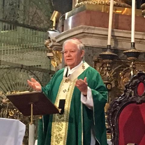 Pide Arzobispo de Puebla por médicos y enfermeras que luchan contra el Covid-19
