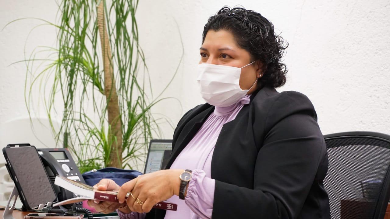 """Presenta Karina Pérez Popoca""""Diálogos en resiliencia: reflexiones de agentes del arte y la cultura"""""""