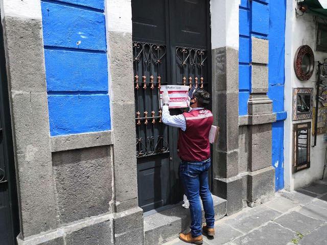 Clausuran dos establecimientos en El Parián