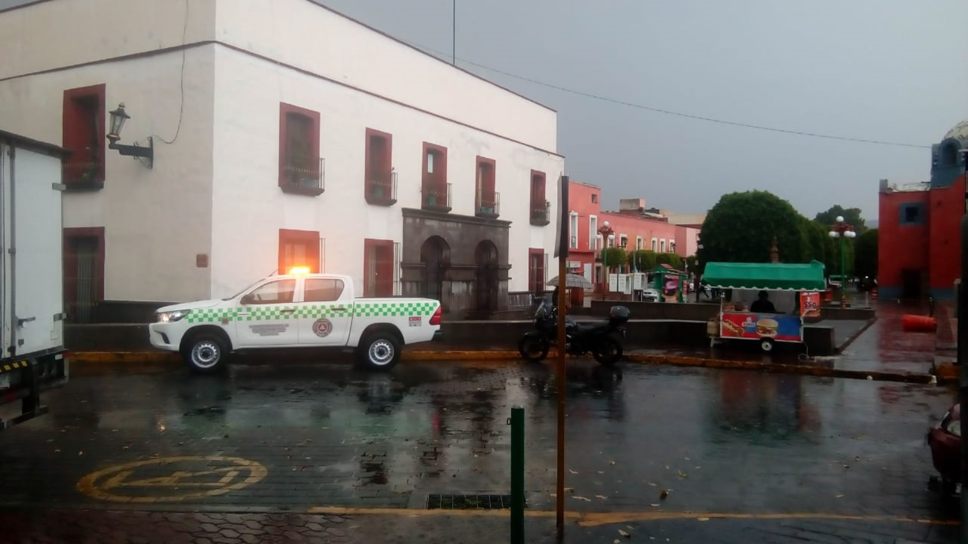Brinda CEPC apoyo a la población tras lluvia en municipios