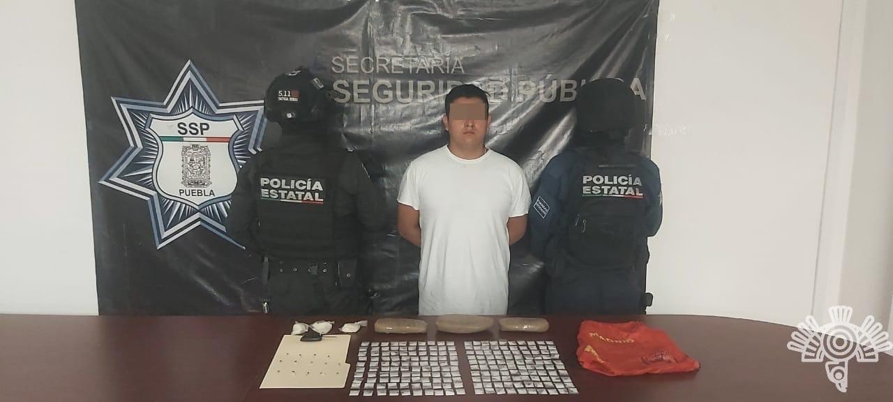 """Captura Policía Estatal a dos presuntos narcomenudistas de """"La Patrona"""""""