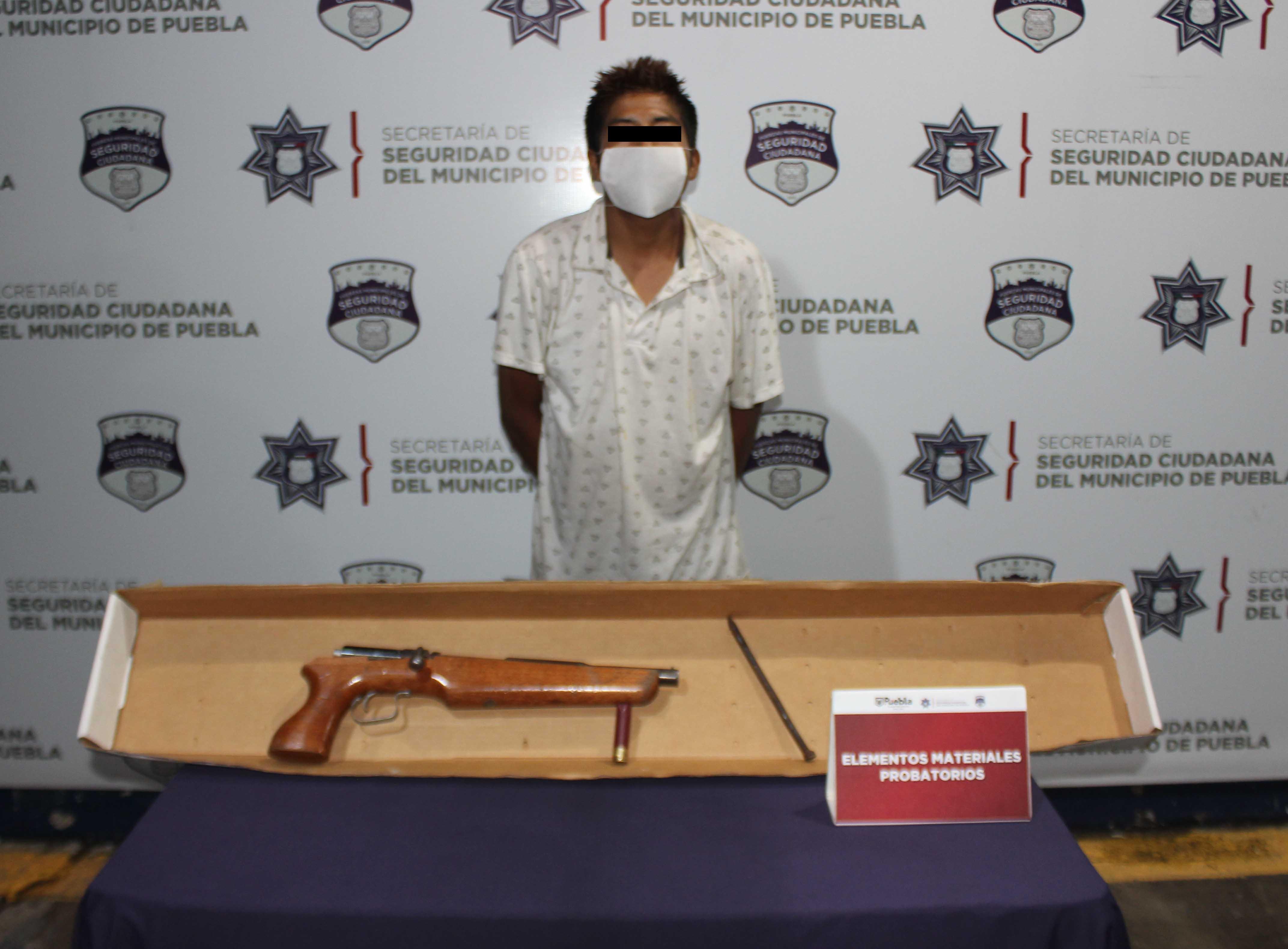 Detuvo Policía Municipal de Puebla a probable asaltante de transeúnte.