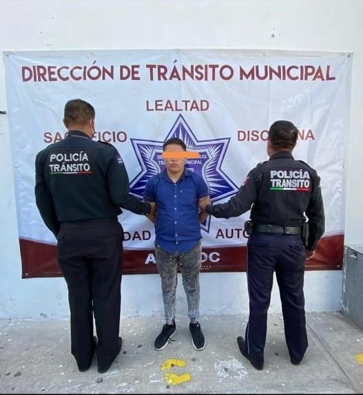 Detienen en Amozoc a sujeto que había robado una camioneta en Balcones