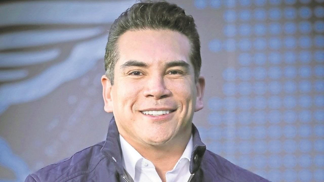 No permitiremos que intereses ajenos desestabilicen la vida democrática y de partidos: Alejandro Moreno