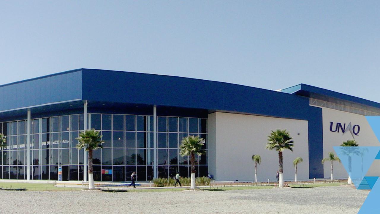 La Universidad Aeronáutica en Querétaro y el CIIASA  convocan al curso de Formación de Sobrecargos de Aviación