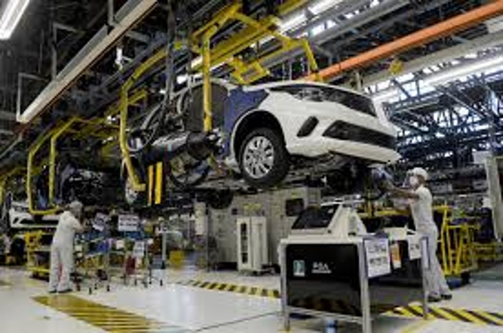 VW reanuda producción en Puebla a pesar de decreto del gobernador Barbosa