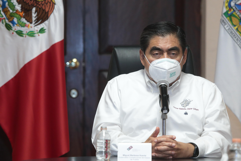 Urgente que la sociedad responda para frenar curva de contagios : Barbosa Huerta.