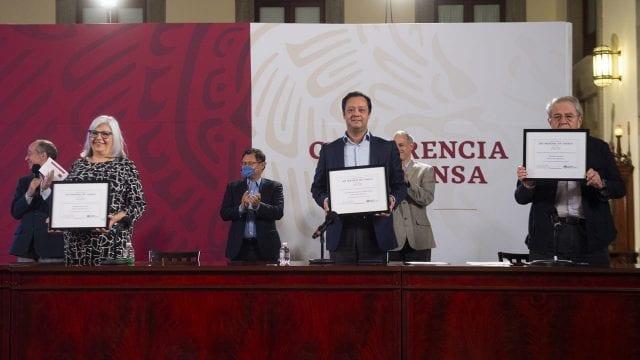 OMS premia a México por impuestos a cigarros y prohibición de vapeadores