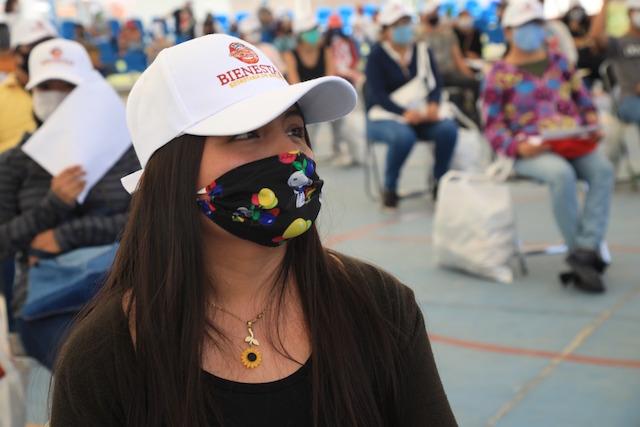 Brinda San Andrés apoyo a jóvenes con el programa valores a tu mesa