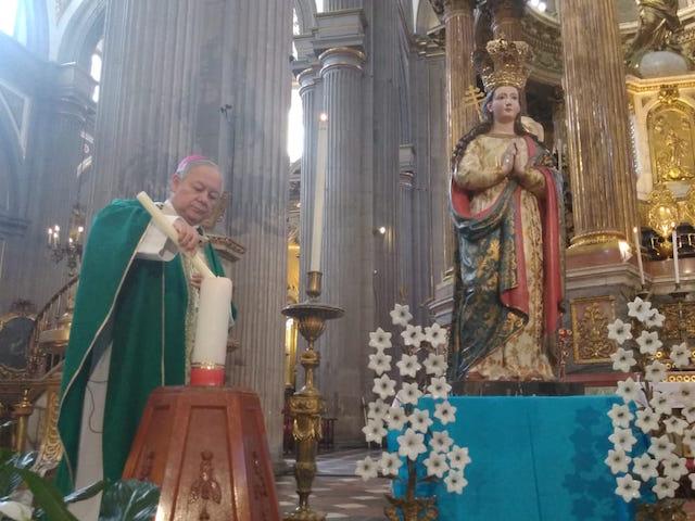 Pide Arzobispo de Puebla unirse en oración y tener fe ante pandemia sanitaria