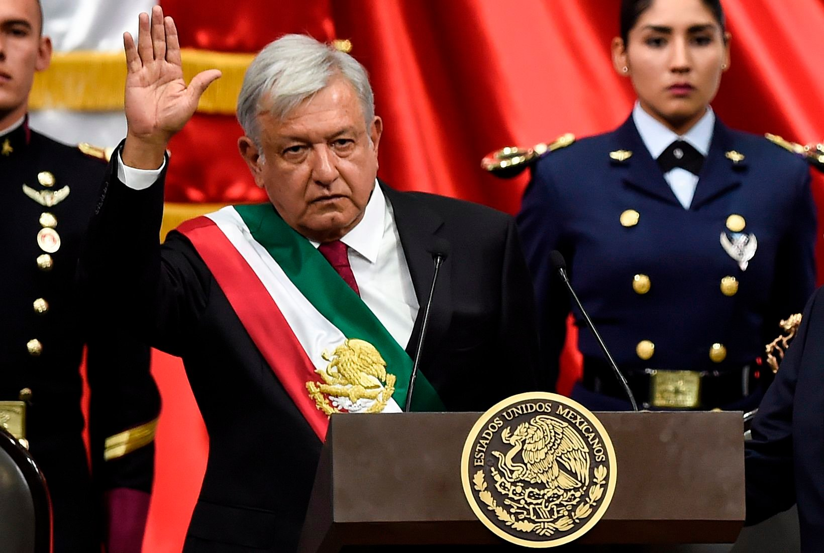 Morenistas se congratulan de la llegada de AMLO a la presidencia de la República