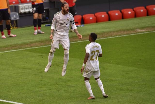 Real Madrid vuelve a ganar con polémico penal