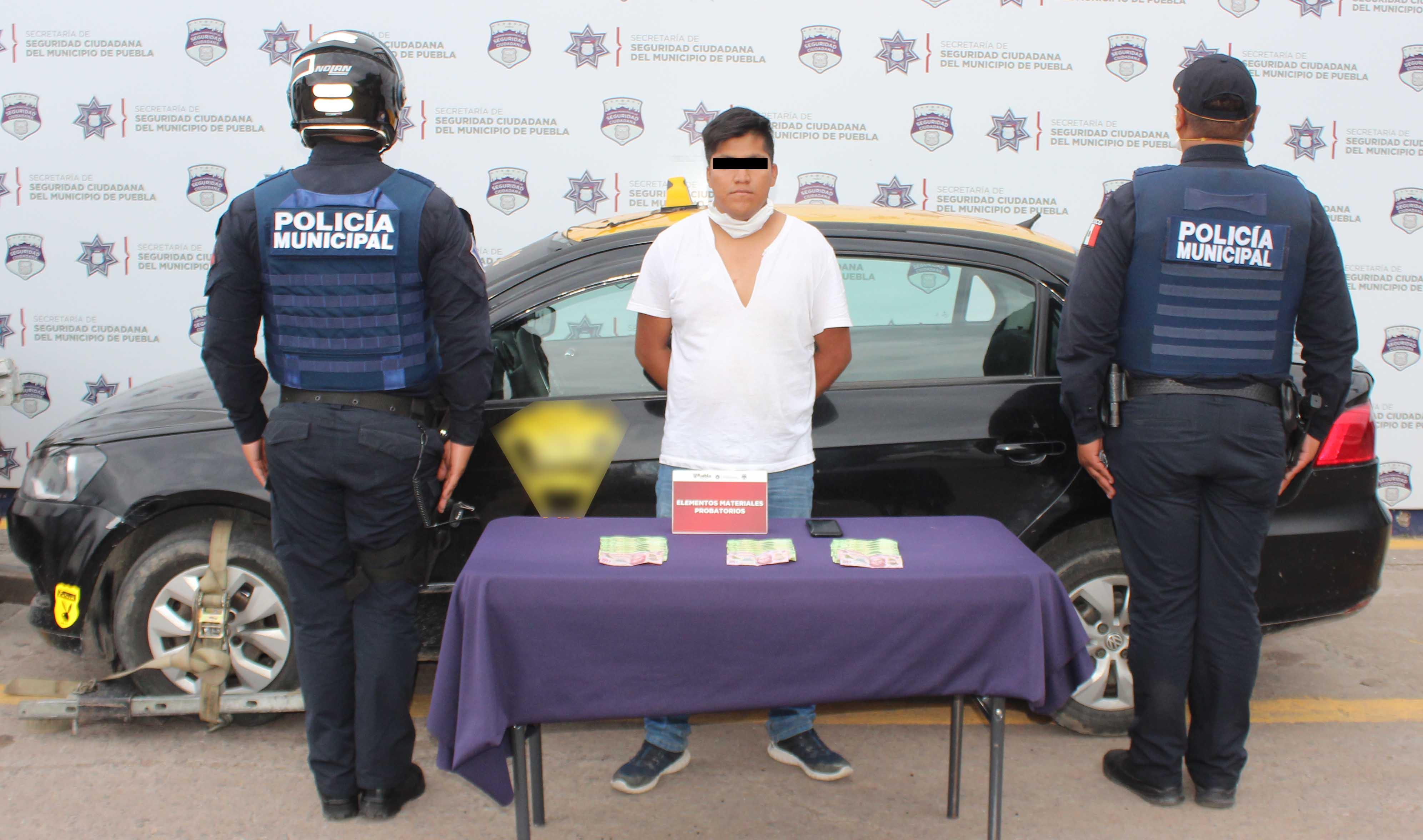 Ubicó y detuvo Policía Municipal de Puebla a hombre por robo en agravio de una cuentahabiente.