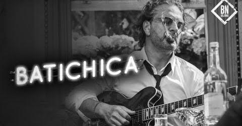 """Ricardo Arjona lanza """"Batichica"""", décimo sencillo de su álbum """"Blanco"""""""
