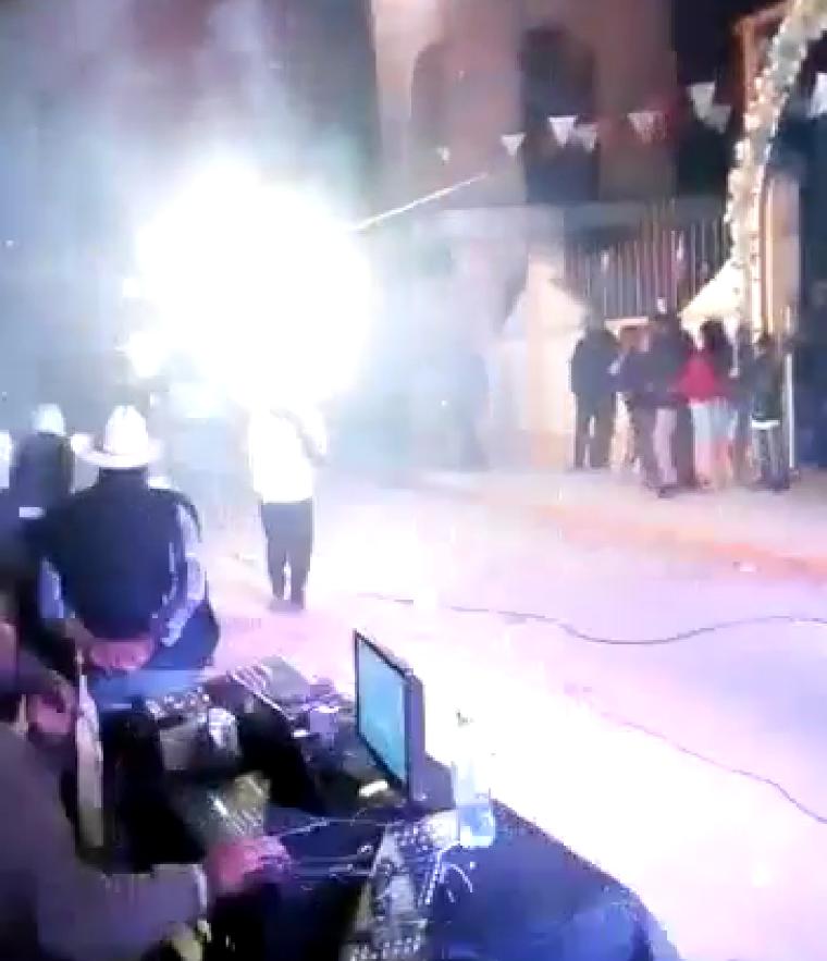 Vecinos del barrio de Vallartito, Amozoc, celebran la fiesta patronal en plena pandemia