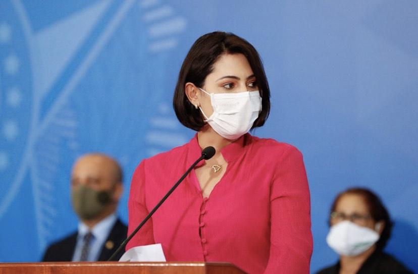 Brasil: Primera dama da positivo por COVID-19